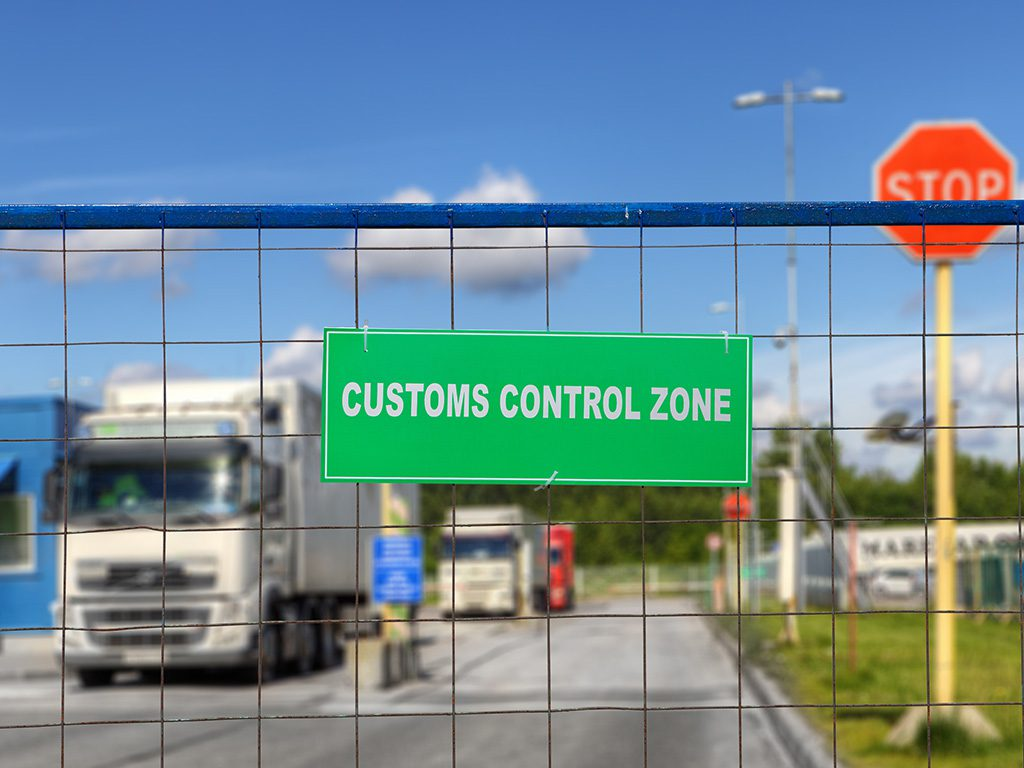 Truck scanning at border checkpoint